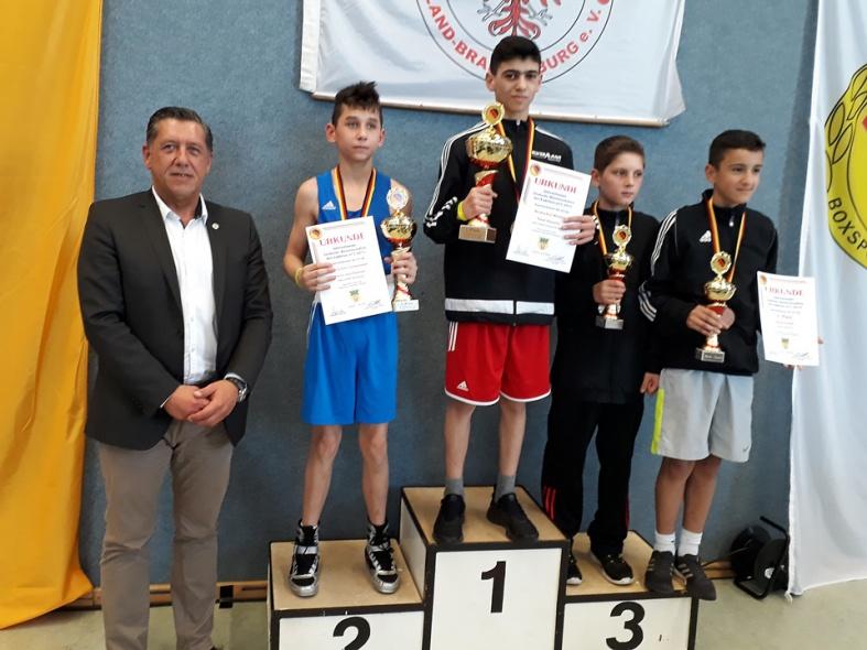 Omar Temurow, Deutscher Meister bis 43 kg