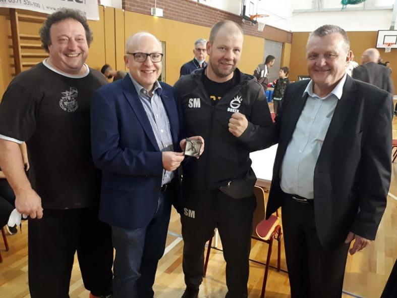 Platz 2 beim internationalen Turnier in Chemnitz