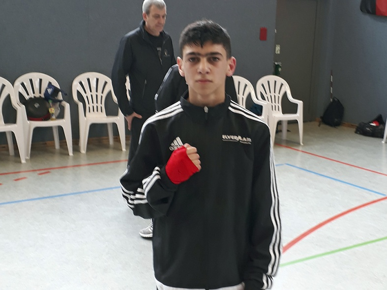 Temurow ebenfalls im Halbfinale
